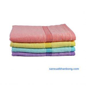 Đơn vị SX:Công ty TNHH Sản xuất dệt may Tuấn Anh  Màu sắc:Cam,Vàng, Xanh dương, Nâu, Xanh lá,...  Chất liệu:70% bamboo 30% cotton  Kiểu dáng:Phong phú, đẹp, thiết kế theo yêu cầu  Kích thước: 50*1m ; 60*1m2 ; 70*1m4