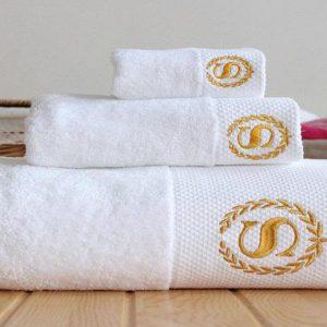 Đơn vị SX:Công ty TNHH Sản xuất dệt may Tuấn Anh  Màu sắc:Trắng, Nâu, Vàng...  Chất liệu:100% cotton  Kiểu dáng:Phong phú, đẹp, thiết kế theo yêu cầu  Kích thước: 50*1m ; 60*1m2 ; 70*1m4