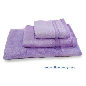 Đơn vị SX:Công ty TNHH Sản xuất dệt may Tuấn Anh  Màu sắc:Tím,Vàng, Xanh dương, Nâu, Hồng,...  Chất liệu:70% bamboo 30% cotton  Kiểu dáng:Phong phú, đẹp, thiết kế theo yêu cầu  Kích thước:28*48; 30*50; 60*1,2m