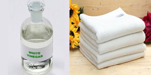 Giấm trắng giúp giặt khăn khách sạn sạch trắng như mới